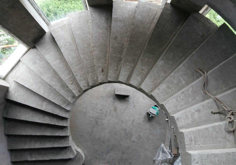 Бетонные винтовые лестницы